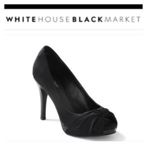 WHBM Ray Black Satin Bow Peep-Toe Patent Heel 7 M